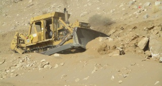 Abunab_Group_Rental_of_Heavy_Machineries_09